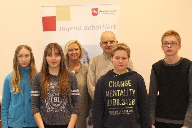 Jugenddebattiert04-02-2016